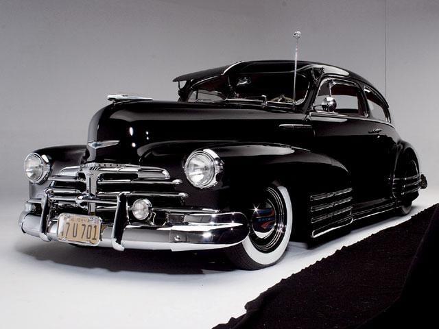Chevrolet Fleetline The hood