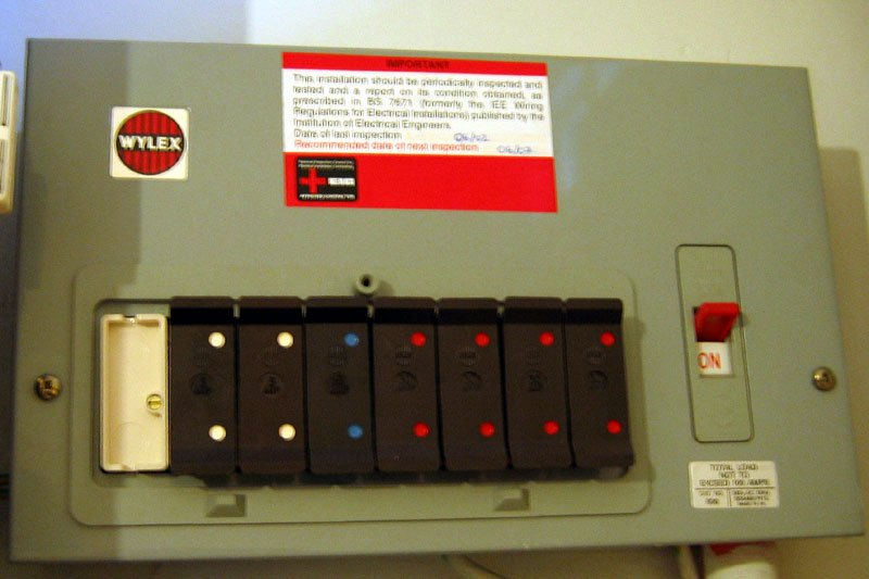 Fuse Box Switch Up Or Down : All the lights in house wont work