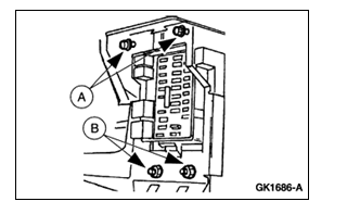 T19740209 In fuse box 1989 s 15 pick up one in addition 2003 Ford Excursion Central Junction Fuse Box Diagram in addition Wire Diagram 2002 F150 Lights likewise Daytime Running Light Module Location 2003 Ford Ranger together with 2000 Ford Explorer Radio Wiring Diagram. on 03 ford expedition fuse box
