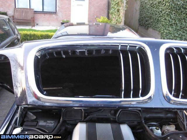 how to open car hood manually