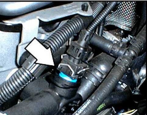 Cruiser Fuse Box Under Hood 66b7f7e Latter Day Print Need Diagram For 06 also Watch besides Chevrolet Malibu Battery Location Diagram as well 2009 Pontiac G6 3 5l Engine Wiring Harness in addition Watch. on fuse box diagram pontiac g6