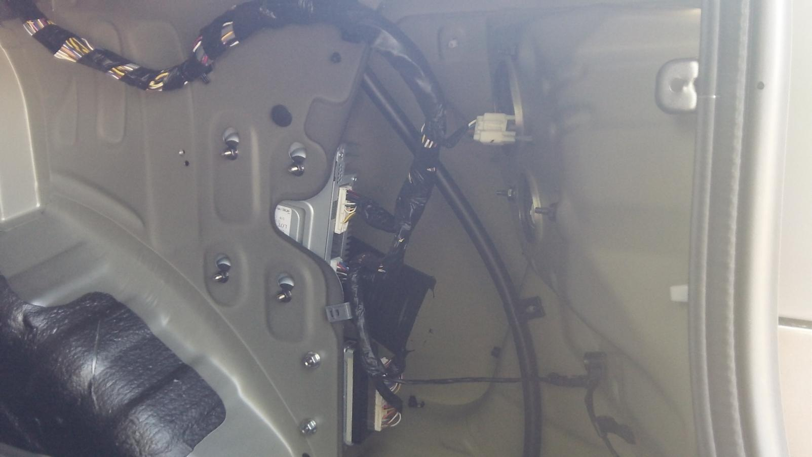 Where Is The Factory Amp Located At In A Kia Forte Ex