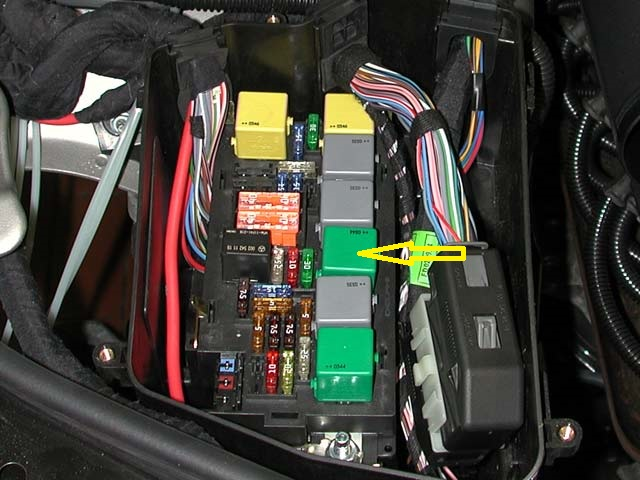 Mercedes s430 airmatic relay location in mercedes free for Mercedes benz air suspension problem
