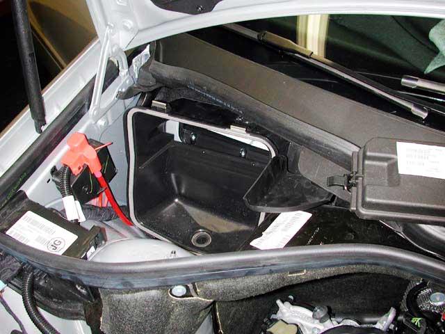 C240 Engine Diagram furthermore Mercedes Ml430 Engine Diagram further 5pvd3 Mercedes Benz Ml350 Just Cam Plugs Replaced furthermore 1998 Mercedes C280 Engine in addition Les Symptomes De Larbre Cames Capteur. on oil sensor location on 1998 mercedes e320