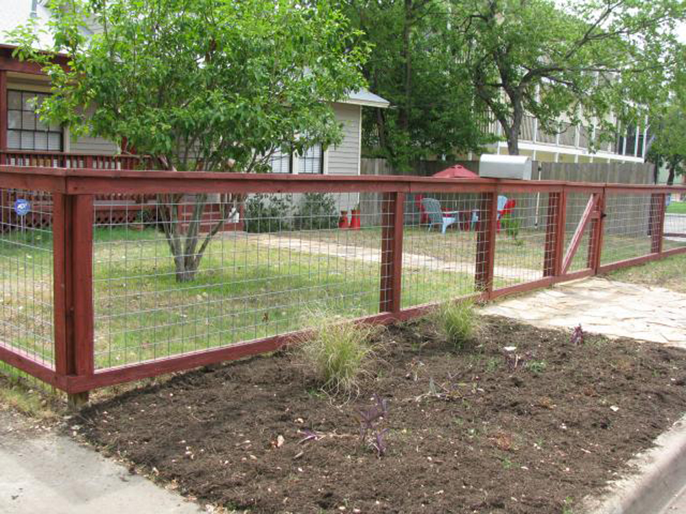 I m needing to build a fence that lets out into the yard