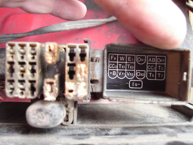 1998 Toyota Camry Engine Diagram besides 96 Toyota 4runner Wiring Diagram additionally 93 Corolla Fuse Box Diagram likewise P 0996b43f80cadd60 further T4104735 Locate fuse box toyota lite ace van 1994. on toyota camry radio wiring diagram on 96 t100