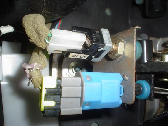 Ford escort switch stoplight