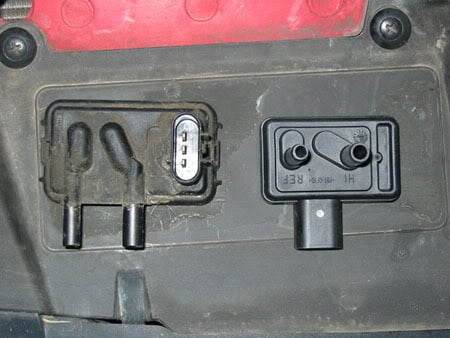 7 3 Idi Wiring Diagram furthermore 92 Explorer Fuel Pump Relay Location in addition 2 Inch Well Diagram further 2000 Nissan Altima Fuse Box Location additionally 1992 Ford Escape Fuel Filter. on ford f 250 vacuum diagram