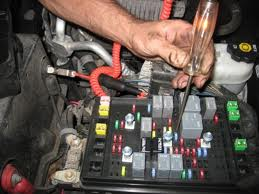 where is the fuel pump relay located on a 2007 mitsubishi lancer check both sides they should both light up if fuse is ok