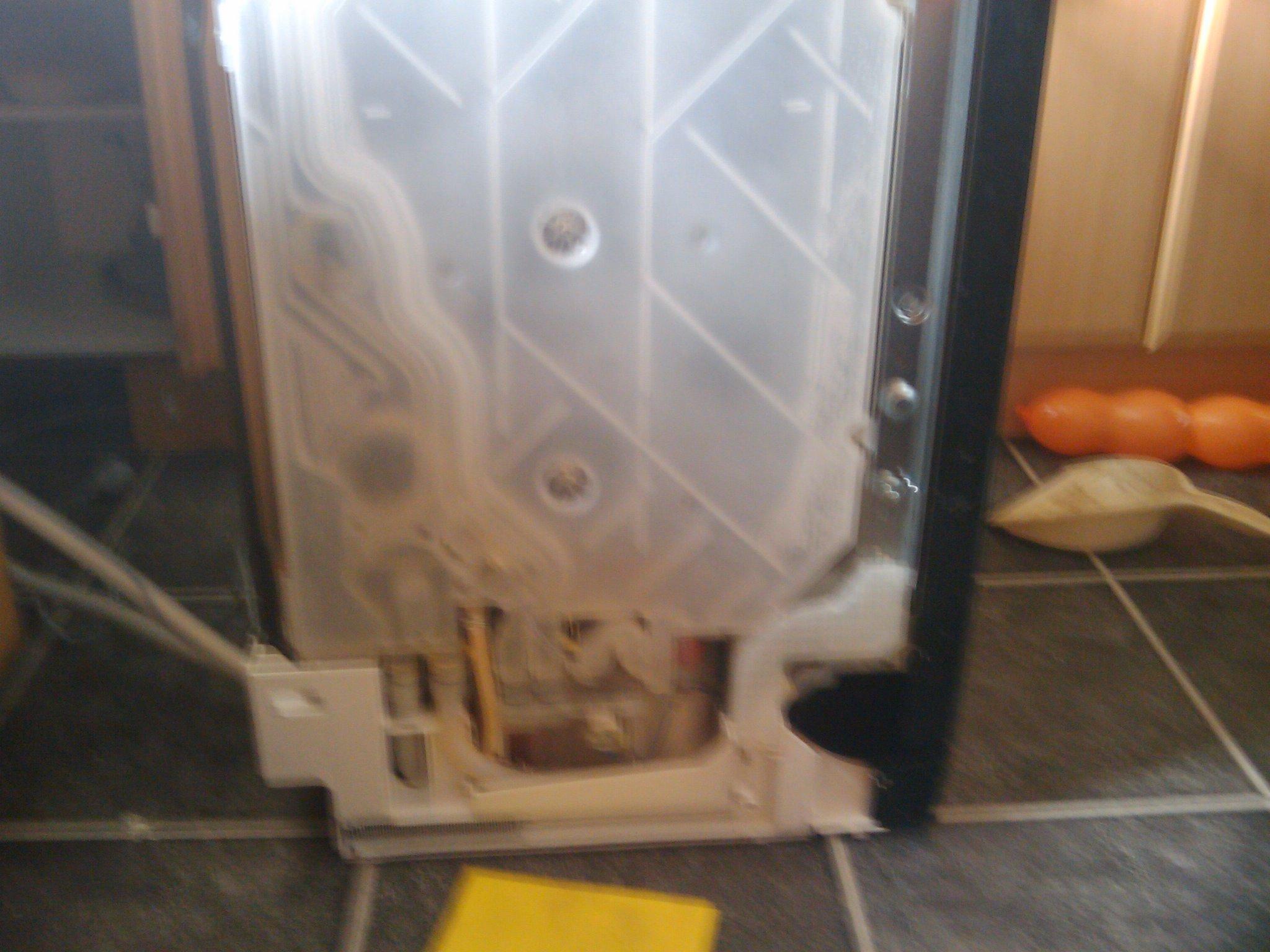 bosch exxcel dishwasher displays e 15 check water i 39 ve. Black Bedroom Furniture Sets. Home Design Ideas