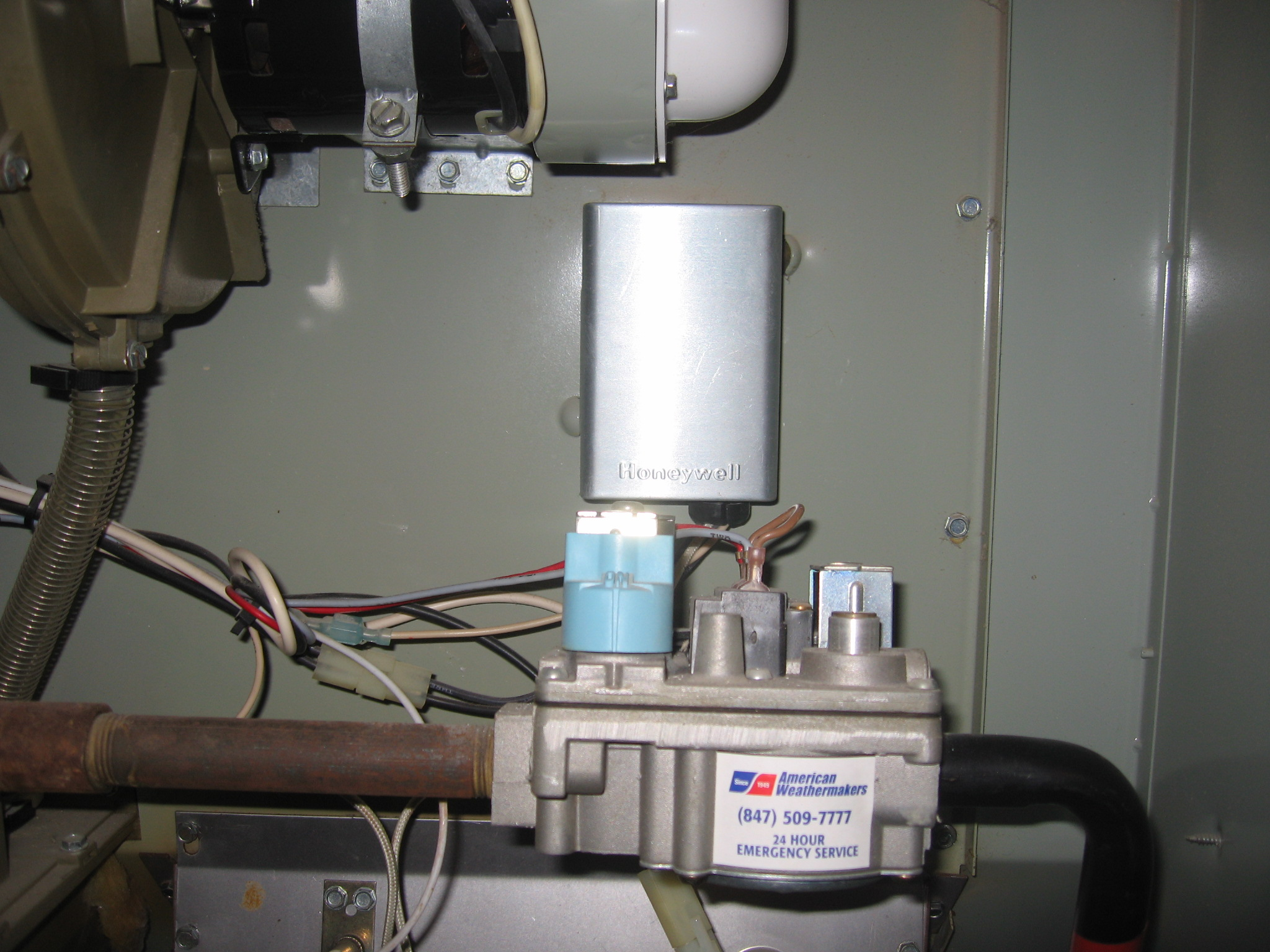 On A Trane Xl90 Furnace Ignitor Comes On And Stays On For