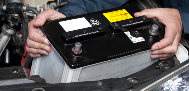 Installing the car battery in its place